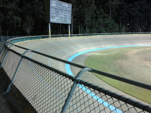 From this angle, the Chandler Velodrome banking looks a gentle slope and my measured angle of 28 or 29 degrees seems correct.